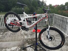 GT fury ELITE LARGE!!! Boxxer WC Downhill bike