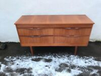 Teak retro chest of drawers / sideboard tv unit