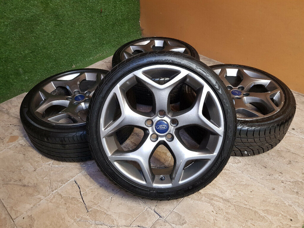 Genuine Ford Focus St 18 Alloy Wheels 5x108 Mondeo Transit Connect Cmax Smax In Clacton On Sea Essex Gumtree