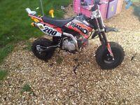 2016 demon 140cc phatboi pitbike used once like new