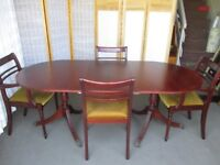 MEREDEW FURNITURE MAHOGANY VENEER EXTENDING DINING TABLE WITH FOUR MATCHING CHAIRS FREE DELIVERY