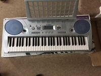 Electric keyboard for sale , in box but without charger