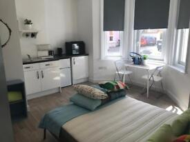 Studio flat all bills included in Westbourne