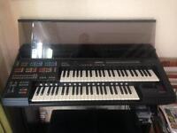 Yamaha HS-8 Organ