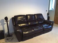 Lazy Boy Leather Electric Reclining 3 Seater Sofa. 1 careful owner non smoking home