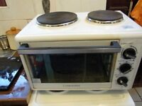 10 WEEK OLD COOKWORKS MINI OVEN AND HOB