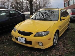 2003 MAZDA PROTEGE 5 | Sunroof • Rally Yellow