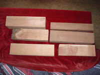 8 pieses of wood for turning lathe wood 2 round 4 rectangles well seasoned