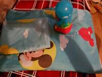 Mickey mouse single duvet set plus nightlight