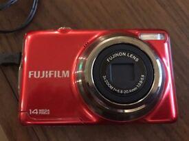 Fuji Camera JV 300 14 Mega Pixels - Red