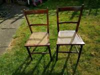 Dining chairs with wicker seat