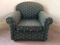 Harlow / Garbo Armchair from Scadecor in Green Fabric