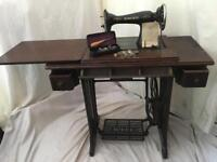 SINGER 1940 ANTIQUE sewing machine WITH EXTRAS cast iron table