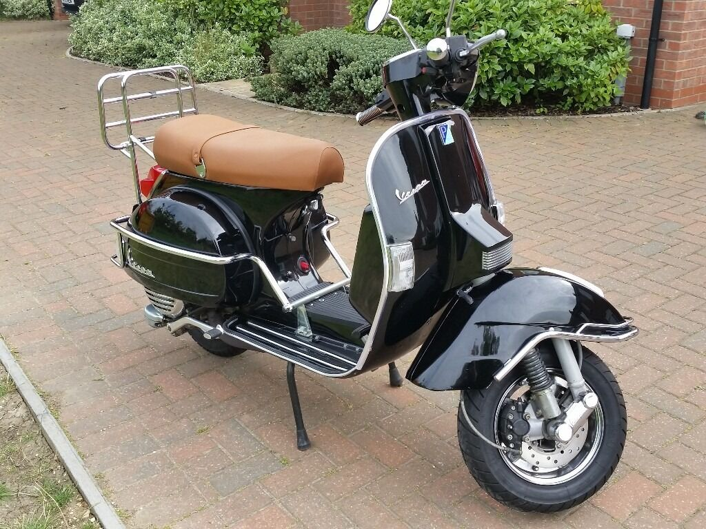 mint condition vespa px 125 with engine upgrade in. Black Bedroom Furniture Sets. Home Design Ideas