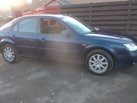 Ford Mondeo 2.L Zetec / Low Mileage / Well above average condition inside and out.