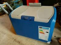 Halfords portable fridge