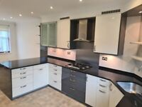 High Quality Complete Modern Fitted Stone Worktop Kitchen (appliances included)