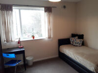 Double size room for one person - New Cross Gate, zone 2 (£135 pw - all inc)