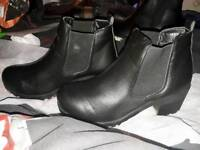 Size 9 ladies boots