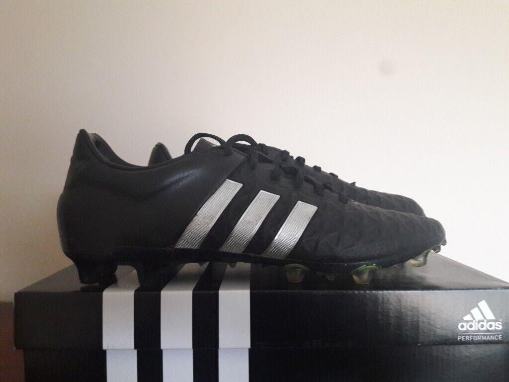 ADIDAS ACE 15.2 BLACK FOOTBALL BOOTS UK 9  2e43f0876074
