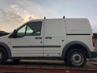 BREAKING!! Transit Connect 2004 low roof, short wheeled base Diamond white, all parts available