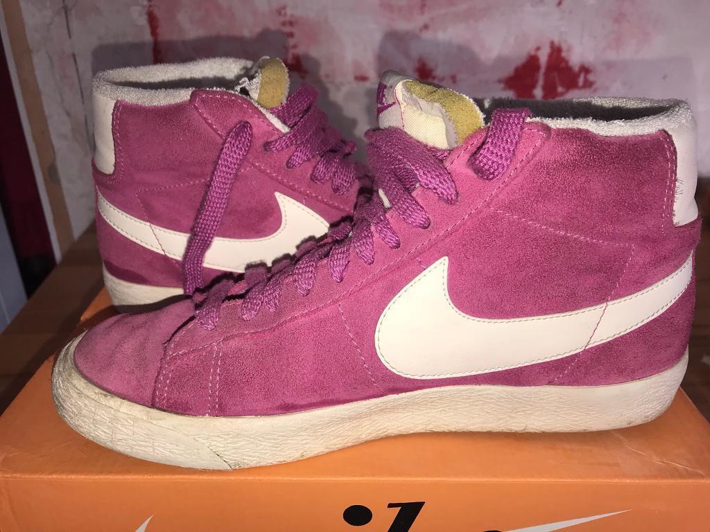 Pink nike blazers size 5
