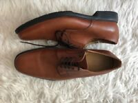 Classic Oxford Shoes - Tan