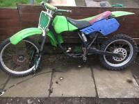 Motorbike kawazaki kx 80 frame and bits