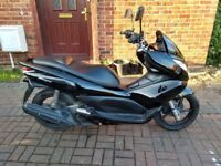 2010 Honda PCX 125 automatic scooter, 10 months MOT, 1 owner, very good runner, good condition ,,,,,