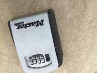 Secure wall key safe no longer required ideal for spare key storage good make