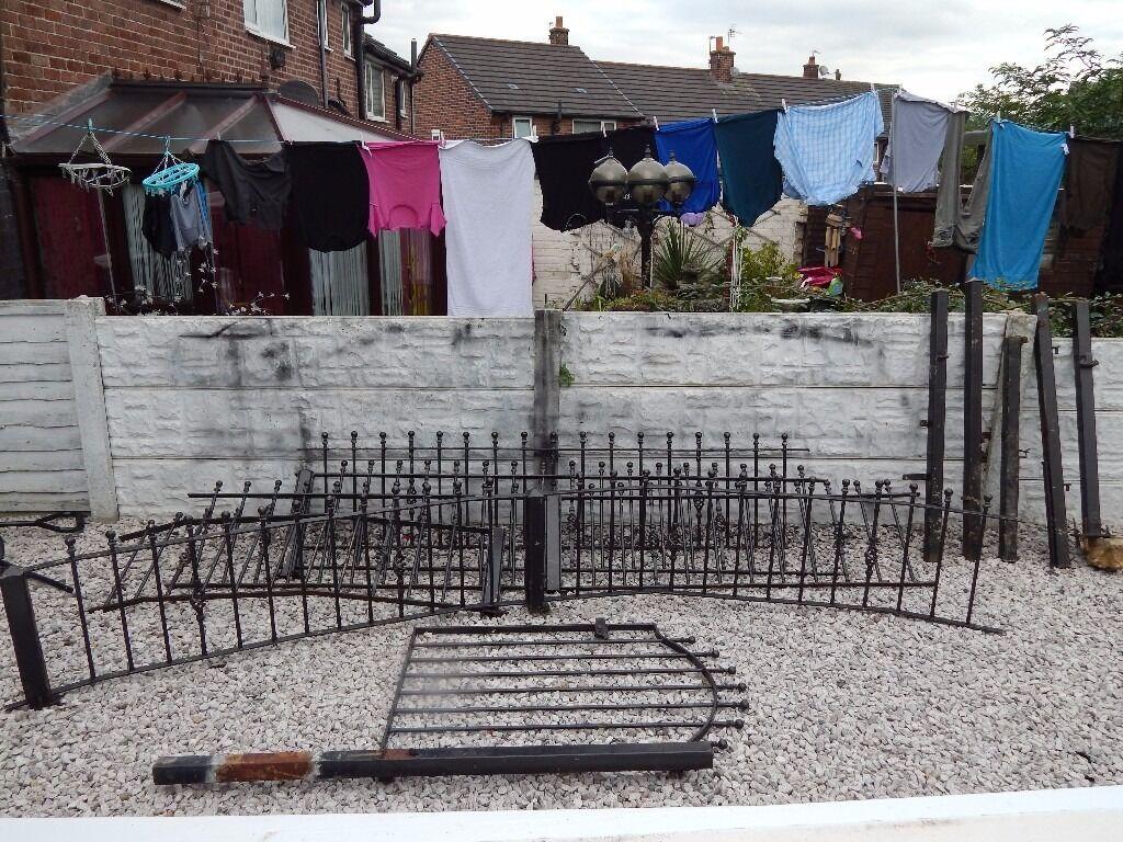 wrought iron railings / driveway / garden / wall toppers / patio