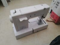 X-MAS SPECIAL OFFER ON 2 SEWING MACHINES FOR SALE!!