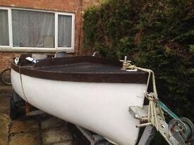 Family 15 ft fibreglass Day/ Fishing boat for sale