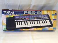 Yamaha PSS-9 Electronic Keyboard