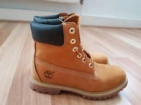 Timberland Premiun Icon Boots, Size 5, NEW, NO BOX
