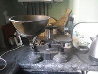 Vintage Greengrocer Scales
