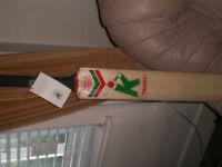 Kippax cricket bat