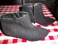 FAUX SUEDE BLACK BOOTS SIZE 5 / 38 ANKLE BOOTS WORN ONCE