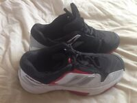 Babolat Size 5 tennis shoes