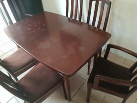 Solid wood mahogany table with 6 chairs great shabby chic project.