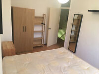 Lovely Double Room Available Now - Located less than 5 mins walk to Bethnal Green Overground station
