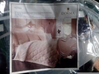 Dorma extra large luxury quilted throw