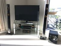 Reduced! Must go this weekend! Like New LG 3D Blu-ray Home Cinema 5.1 System with LG Smart Software