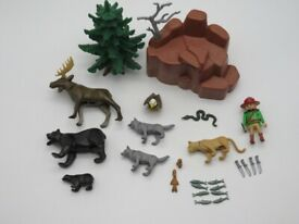 Playmobil 3322 Outdoor Wild Animal Set - Rare Set- Forest Ranger & American Forest Animals