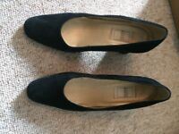 Ravel shoes size 9 black suede