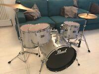 Pearl Drum Kit Target Series Silver Sparkle