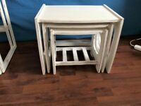 LOVELY SOLID OAK WOOD SHABBY CHIC NEST OF TABLES