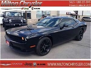 2016 Dodge Challenger SXT Leather 8.4