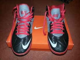 Air Max Body U Basketball Trainers, men's/boy's size 8