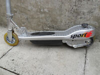 electric scooter 24 volt childs sports scooter needs attention battery? spares or repair